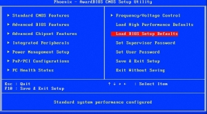 Tym poleceniem przywrócisz w razie potrzeby domyślne ustawienia parametrów w BIOS-ie.