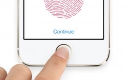 Najnowszy smartfon Apple'a, iPhone 5S, ma wbudowany skaner linii papilarnych. Rozwiązanie to, zwane Touch ID, udało się już złamać.