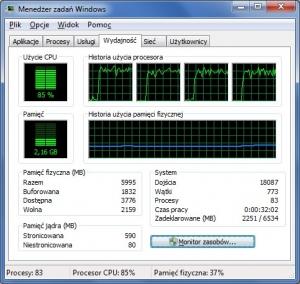 Aplikacja wielowątkowa potrafi wykorzystać wszystkie rdzenie procesora (tu: cztery). W naszym przykładzie bieżące, łączne obciążenie układu CPU leży na poziomie 85 procent.