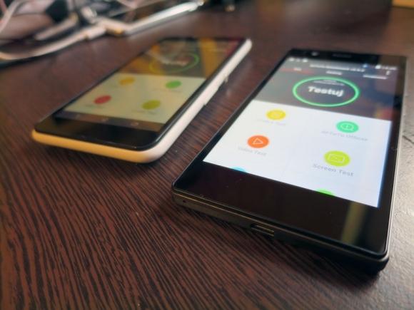 myPhone Infinity (z prawej) i Sony xperia E4